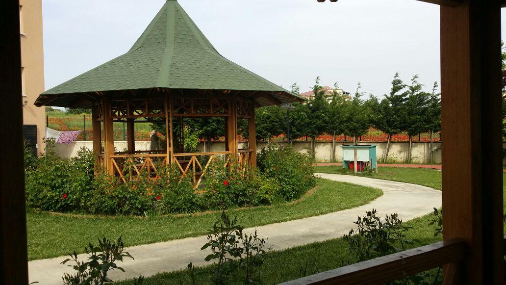 Huzurevimizin Arka Bahçesi
